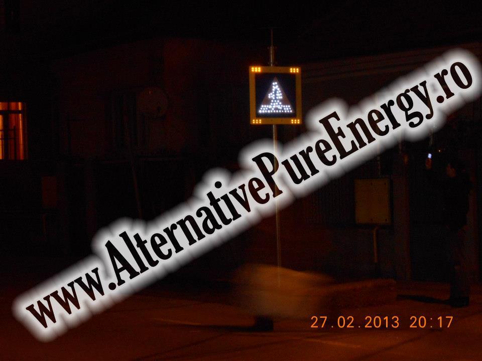 indicator rutier led trecere de pietoni cu panou solar www.AlternativePureEnergy.ro 2