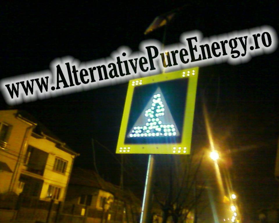 indicator rutier led trecere de pietoni cu panou solar www.AlternativePureEnergy.ro 3
