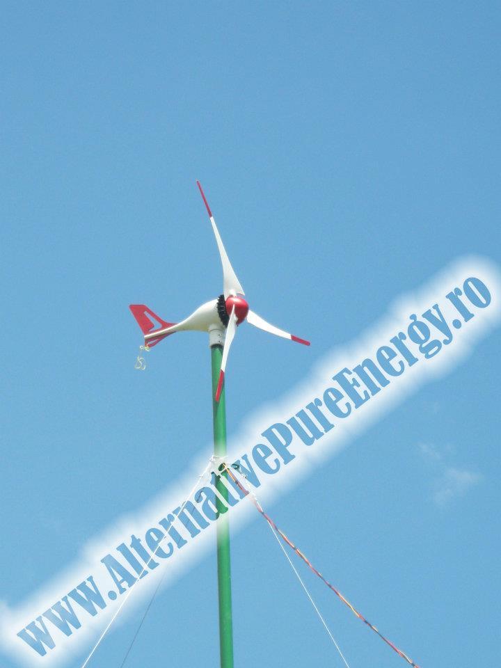 Sistem Hibrid Eoliana + Panouri Fotovoltaice Cabana & Magazin, poza 2 din 3
