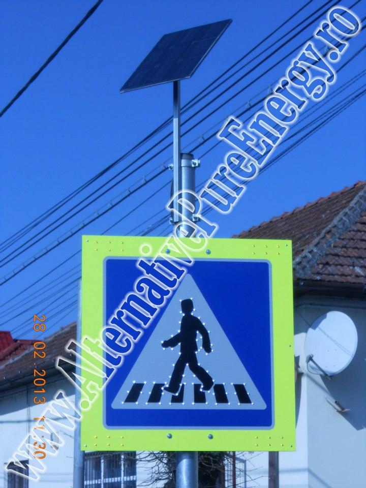indicator rutier led trecere de pietoni cu panou solar www.AlternativePureEnergy.ro 1